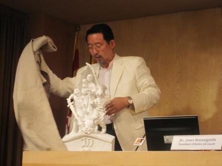 lo scultore Etsuro Sotoo presenta  il suo ultimo progetto per La Sagrada
