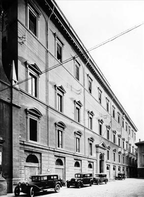 Antonucci fig. 1